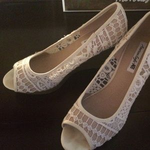 White Lace Wedge Shoes